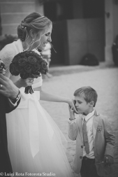 reportage-fotografo-matrimonio-emozioni-biancoenero-luigirota (26)