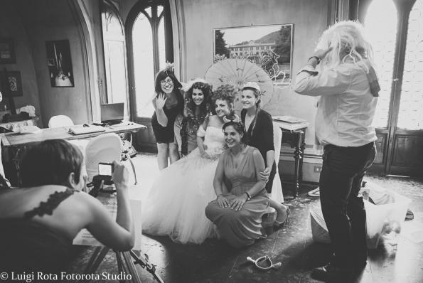 reportage-fotografo-matrimonio-emozioni-biancoenero-luigirota (4)