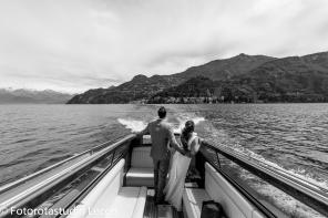 weddingphotographer-lakecomo-boat-tour-villas-photographer-italy (29)
