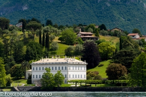 weddingphotographer-lakecomo-boat-tour-villas-photographer-italy (40)